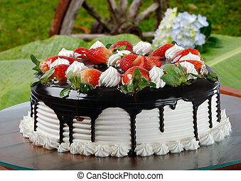 whipped cream cake with strawberry
