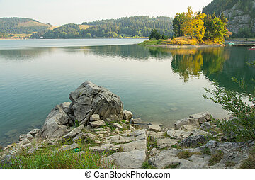 tranquil mountain lake scenery