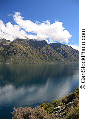 Lake Wakatipu - New Zealand - beautiful Lake Wakatipu, South...