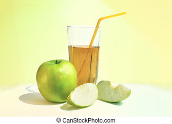 apple with glass of apple juice