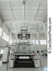 Industrial packaging plant