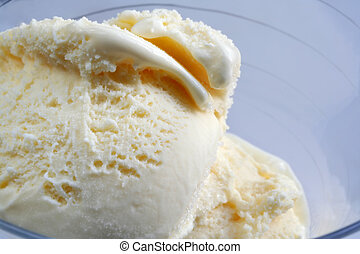 Vanilla Icecream - Scoops of rich vanilla icecream in a...