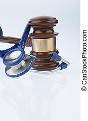 gavel and stethoscope, symbol photo for bungling and doctors...