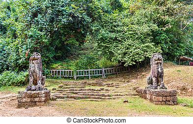 Statues at Phnom Bakheng in Angkor Wat - Cambodia