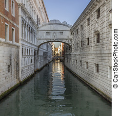Bridge of Sighs, Ponte dei Sospiri in Venezia, Venice Italy.