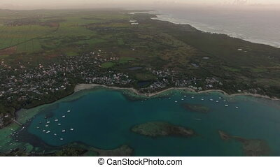 Mauritius, aerial shot of coast and mainland - Aerial view...