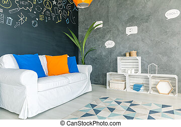 Convenient room with colourful pillows - Light and...
