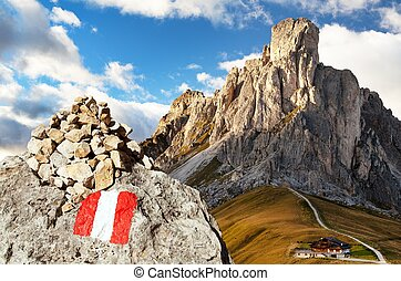 Passo Giau, Ra Gusela and Nuvolau with turist sign - Evening...