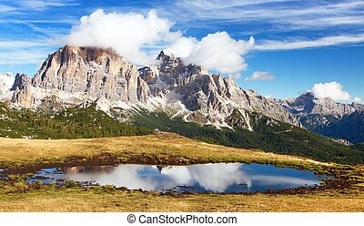 View from passo Giau, Tofana or Le Tofane Gruppe, mountain...