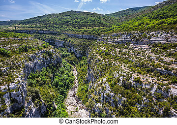 The largest alpine canyon of Verdon - The largest alpine...