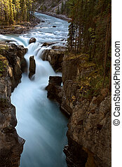 Sunwapta Falls in Jasper National Park