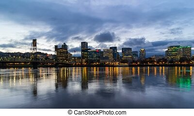 Time lapse of over Portland Oregon evening 4k uhd - Time...