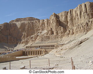 hatshepsut tomb in egypt