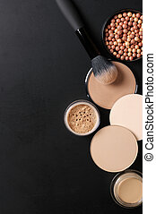 Set of various face powder and brush - Cosmetic set of...