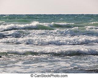 Caspian Sea. - Waves on the Caspian Sea. Month January.