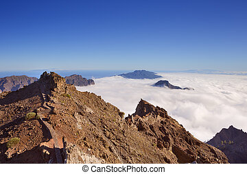 Mountain peaks on La Palma above the clouds
