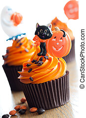 Halloween cupcakes - Cupcakes decorated with a halloween...