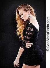 bello, il portare, acconciatura, donna, riccio, nero, biondo, vestire