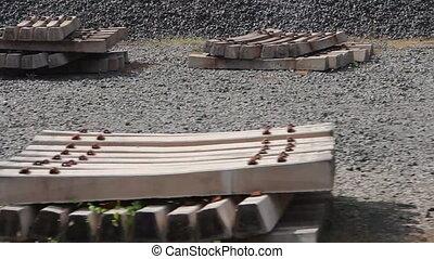 railway sleepers and gravel - railway sleepers (concrete)...