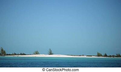 Paradise beach at sunny day - Paradise wild beach at sunny...