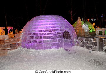 Ice sculptures. - The exhibition of ice sculptures in...