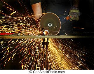grinder in action detail
