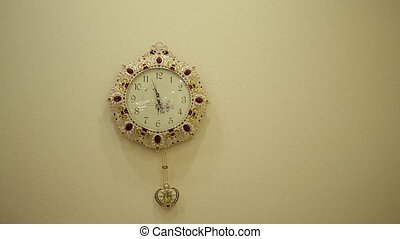 Clocks with pendulum