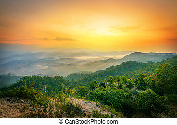 Beautiful nature scene - Morning in the mountains in Tak...