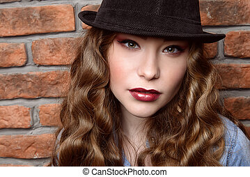 make-up trends - Close-up portrait of an attractive girl...