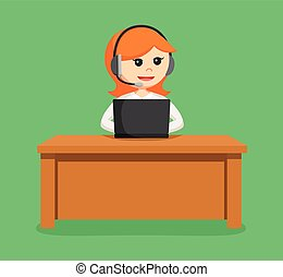 call center woman with laptop