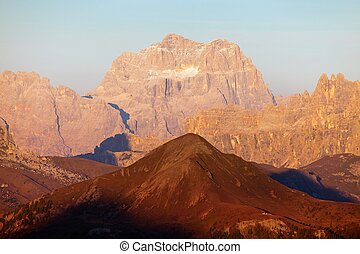 Evening gruppo del Sorapis, alps dolomites mountains -...