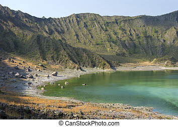 El Chichonal volcanic green lake - Sulfuric green lake and...