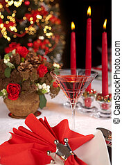 Red christmas table 2