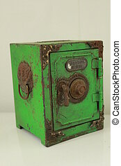 classic safe toy now for display and collectible can coin...