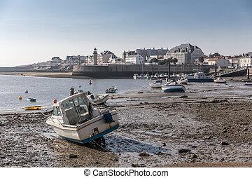 Boat at low tide in the Saint-Gilles Croix de Vie harbour...