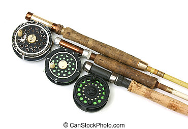 Three older fly fishing rods with reels - Three flyfishing...