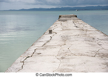 Old concrete jetty - Cracked old concrete jetty(Nishi...