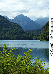 Alps Lake and mountains - beautiful landscape