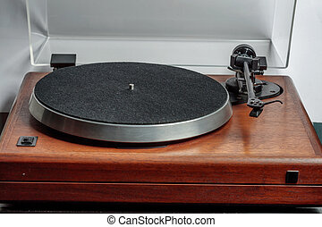 Hi-fi Turntable - Hi-fi turntable without a record