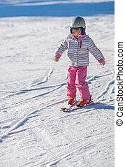 poco, esquí, niña, primero, tiempo
