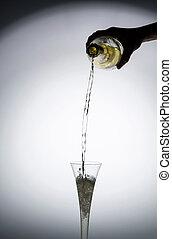 versare,  champagne,  iwird