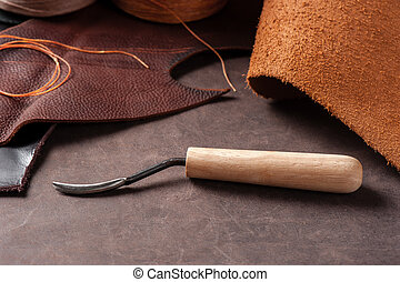 tools for leather working - The V-Gouge, special tool for...