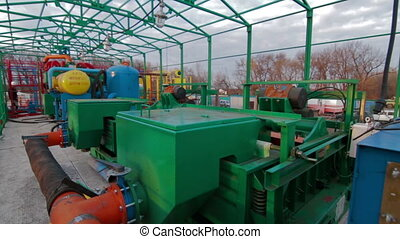 Mud handling equipment Drilling circulation system -...