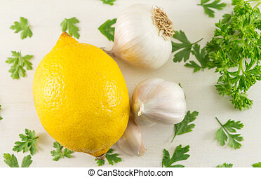 Lemon with garlic and parsley