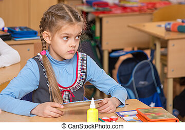 Girl in school to the labor class has not understood the...