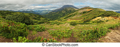 Beautiful summer panorama of Vilyuchinsky pass - Beautiful...