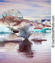 Drift ice Ice Lagoon - Morning in the Ice Lagoon. Drift ice...