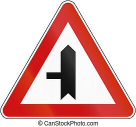 Croatian regulatory road sign - Intersection with priority.