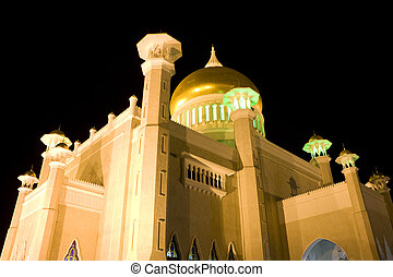 Sultan Omar Ali Saifuddien Mosque, Brunei - Night image of...