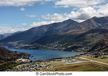 Queenstown - Lake Wakatipu, Frankton and Queenstown visible...